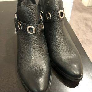 Kaanas Morelia open ankle bootie